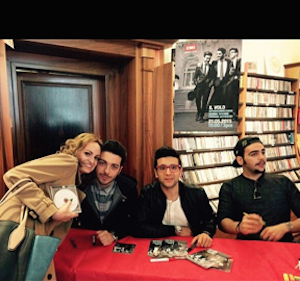 Il volo signing 1