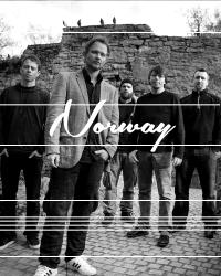 41 Norway - Gazpacho - Black lily